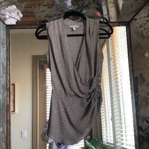 Assymetrical gathered plunge top